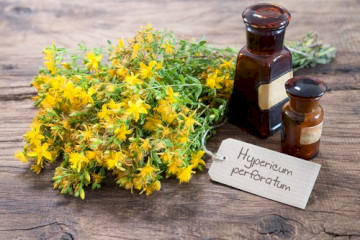 "Taking St. John's Wort With ""Tripan"" Migraine Medications"