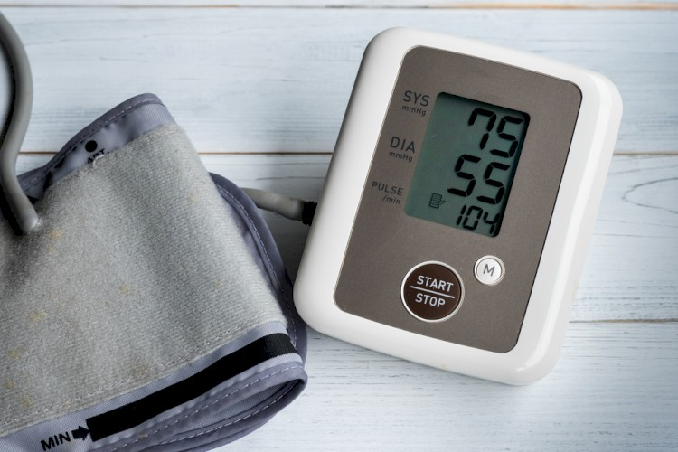 Blood pressure gauge show hypotension or low blood pressure